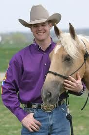 A native Australian, Clinton Anderson began his quest to become the best horseman he could be by apprenticing under nationally acclaimed Australian trainers Gordon McKinlay and Ian Francis. In 1996 Clinton moved to America to continue training horses and apprenticed under Al Dunning, winner of multiple AQHA World Championships, before beginning to train under his own name.