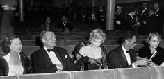 Marilyn with Vivien Leigh, Laurence Olivier and Arthur Miller at the London premiere of A View From The Bridge, October 11, 1956.
