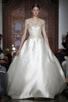 Top 4 Wedding Dresses of the Week: Golden Accents Edition! (You'll Look Like Royalty!)