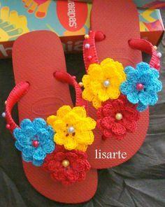 flor colorida de crochê