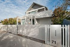 Modern Fence design, Contemporary Fencing, Horizontal boards