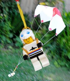 zakka life: How to Make a Toy Parachute