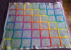 Photo inspiration for quilt. I wonder if I used a different centre layer colour for each square of rag quilt ....