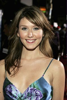 "Jewel Staite (Kaywinnet Lee ""Kaylee"" Frye) 