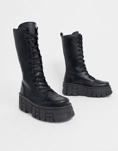 Browse online for the newest ASOS DESIGN Athens chunky high lace up boots in black styles. Shop easier with ASOS' multiple payments and return options (Ts&Cs apply). Dr Shoes, Cute Shoes, Me Too Shoes, Shoes Heels, 90s Boots, Goth Boots, Shoe Boots, Lace Up Boots, Black Boots