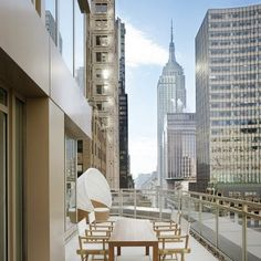 Andaz 5th Avenue in New York. We help you find the best boutique hotels in New York.