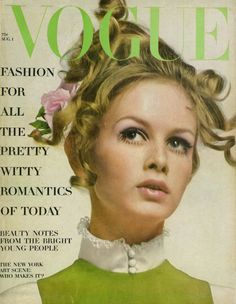 Twiggy on the August 1967 cover of American Vogue