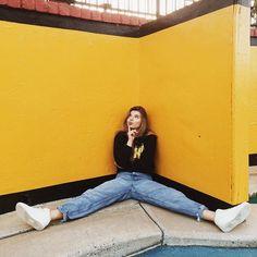 WEBSTA @ khris_bajis - Yelllow by @definitely.not.dani #shoot #model #girl #photooftheday #bright #happy #funny #inspired #beauty #gorgeous #vscocam #inspiration #модель #фотосессия #фотограф #наушники #улыбка #весело #класно #красиво #калифорния #cali #future #dream #place #aqua #