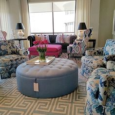 Thank you @amandacarolinteriors for visiting with us and capturing this gorgeous picture from the @tobifairley for #crlaine collection in our #hpmkt #ShowhouseShowroom - #MadeInTheUSA #StyleComfortColor meets #BoldBrightTailored