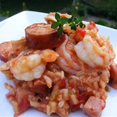 """Cindy's Jambalaya - 6 points ~ """"This is a tradition here in the South. You can add anything you like to this basic recipe. You can add crawfish, chicken pieces, make it all sausage. You decide what you like and add it in! Great Recipes, Dinner Recipes, Favorite Recipes, Dinner Ideas, Recipe Ideas, Paella, Seafood Recipes, Cooking Recipes, Cajun Recipes"""
