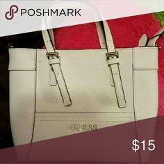 *AWESOME* GUESS SMALL PURSE Great used condition!  White leather & very convenient to carry what you need! Guess Bags Mini Bags