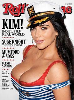 Kim Kardashian posa com farto decote e diz: 'Sou mais esperta do que mostram'