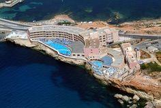 Paradise Bay Resort in Malta