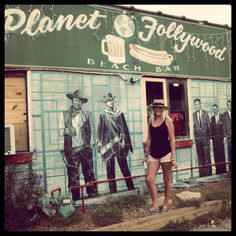 Planet Follywood...I totally have to take my Father in Law here on our trip he's a huge John Wayne Fan!!
