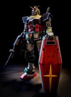 リアルタイプガンダム|Acid666さんのガンプラ作品|GUNSTA [ガンスタ] Gundam Mobile Suit, Gundam Art, Anime Toys, Mecha Anime, Gundam Model, Nerd Geek, Art Model, Toys Photography, Plastic Models