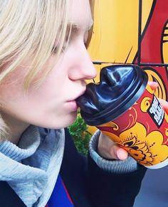 """140 Likes, 2 Comments - Shop&Bar Denis Simachev (@shop_bar_ds) on Instagram: """"Модель @sasha_melnychuk пьет кофе из наших эротичных стаканчиков на вынос. Хотите такой же?…"""""""