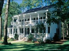 NeoClassical House Plan with 2631 Square Feet and 4 Bedrooms from Dream Home Source | House Plan Code DHSW50329 Colonial House Plans, Colonial Style Homes, Southern House Plans, Southern Homes, House Floor Plans, Southern Plantation Style, Plantation Style Homes, Plantation Floor Plans, Plantation Houses