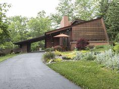 Frank Lloyd Wright house near Ann Arbor is a 'small masterpiece'