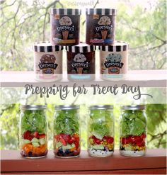 Have a treat day with delicious food including a variety of ice cream & salad in a jar. Get fun summer food ideas, and feed your hunger! Side Recipes, New Recipes, Cooking Recipes, Healthy Desserts, Healthy Recipes, Clean Eating, Healthy Eating, Salad In A Jar, Summer Recipes