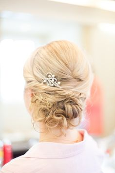wedding hairstyle idea; featured photographer: A.J. Dunlap Photography