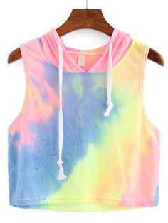 Crop Top de capucha de ombre de arco iris