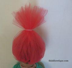 Make a troll headband with tulle and fold over elastic Troll Halloween Costume, Halloween Costumes For Kids, Halloween Crafts, Halloween 2017, Halloween Ideas, Trolls Birthday Party, Troll Party, 5th Birthday, Princess Poppy Hair