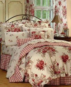 Feminine decor bedroom. Pretty!