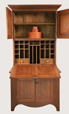 Shaker Trustee's Desk. Craftsman Furniture, Shaker Furniture, Primitive Furniture, Country Furniture, Antique Furniture, Furniture Styles, Furniture Projects, Cupboard Drawers, Cupboards