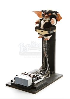 Mohawk Cable Controlled Mogwai Puppet from Gremlins 2
