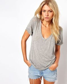 Did you grab a slouchy vneck yet? So deliciously fabulous❤️ (yes, that's a thing)
