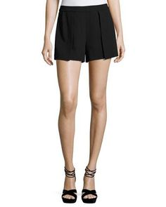 ALICE AND OLIVIA Larissa Single-Pleat Shorts. #aliceandolivia #cloth #