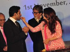 Aishwarya Birthday Celebration with Abhishek, Amitabh and Aaradhya Bachchan