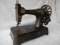 Sewing Machine SINGERシンガー手回しミシンアンティーク再値下げ W インテリア 雑貨 家具 Antique ¥18000yen 〆10月12日