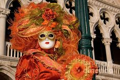 Google Image Result for http://images.fineartamerica.com/images-medium/venice-carnival-mask-italy-amos-gal.jpg