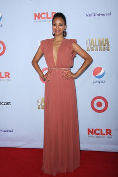 Zoe Saldana Photo - 2012 NCLR ALMA Awards - Arrivals