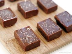 This raw salted tahini fudge is sooooo creamy. It's sweet, salty and made with a handful of wholesome ingredients.