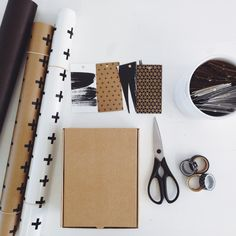 DIY Tips #4: Monochromatic gift wrapping | Mono Online Shop