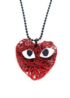 Femaly Uzun kalp kolye Markafoni'de 49,90 TL yerine 14,99 TL! Satın almak için: http://www.markafoni.com/product/3563034/