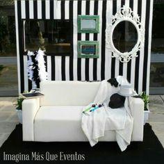 Photocall blanco y negro para bodas bonitas #imaginamasqueeventos