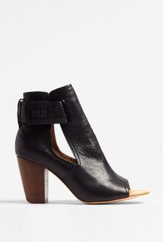 SEE BY CHLOÉ SHOES  WOODEN HEELED PEEPTOE ANKLE BOOT