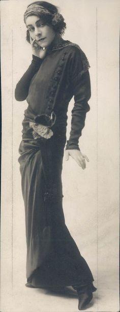 Russian born Alla Nazimova, theater & film actress, screenwriter and producer.