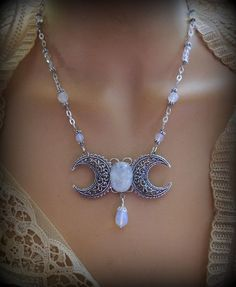 Mystical Magick :: Triple Moon Goddess Necklace