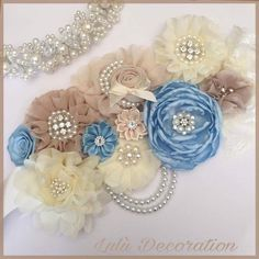 Your place to buy and sell all things handmade - Maternity sash corsage/ Mommy to be/ Baby shower corsage Distintivos Baby Shower, Baby Shower Balloons, Baby Shower Favors, Baby Shower Parties, Embroidery Sampler, Beaded Embroidery, Satin Ribbon Flowers, Fabric Flowers, Maternity Sash