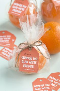Valentine's Day Favors for Kids - Orange you glad we're friends! Punny Valentine's Day Treats – Citrus Valentine's Day Favors -Citrus Valentine's Day Favors for Kids - Orange you glad we're friends! Punny Valentine's Day Treats – Citrus Valentine's D. Valentines Day Gifts For Friends, Valentines Day For Boyfriend, Kinder Valentines, Valentines Day Gifts For Her, Valentines Day Party, Valentine Day Cards, Printable Valentine, Homemade Valentines, Diy Gifts Valentine's Day