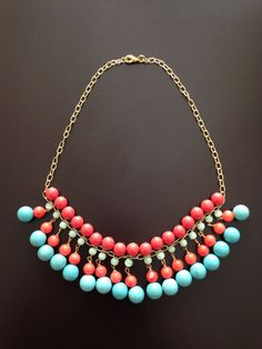 Collar de Turquesa con Coral en cadena de chapa de Oro on Etsy, $650.00