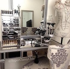 Beauty vanity #decor #fancy