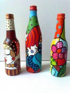 Painted Glass Bottles, Glass Bottle Crafts, Wine Bottle Art, Painted Jars, Diy Bottle, Glass Painting Designs, Pottery Painting Designs, Bottle Painting, Mason Jar Crafts