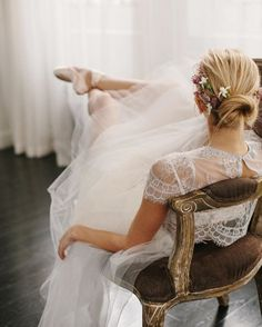 """A dear, sheer """"blouse"""" effect for the bodice, airy tulle and the seemingly effortless hair conspire to make a perfect bridal vision. Pretty Ballerinas, My Life Style, Fancy, Poses, Dance Photography, Photography Ideas, Beauty Women, Dress To Impress, Marie"""