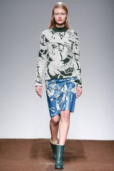 Christian Wijnants Fall 2015 Ready-to-Wear Collection Photos - Vogue
