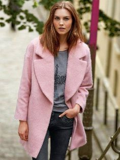 manteau rose de la redoute Look Rose, Luxury Lingerie, Dress Codes, I Dress, Style Me, Winter Fashion, Style Inspiration, Blazer, Fashion Outfits